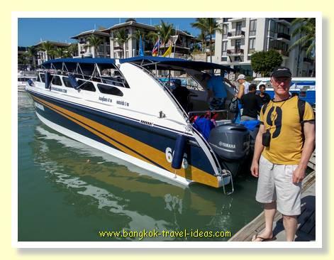 Boat to visit James Bond Island