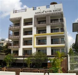 Navalai Resort at Phra Arthit Pier 9 Banglampoo and near to Khaosan Road