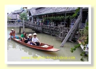 Sampan ride at Pattaya floating market