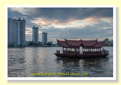 Chao Phraya River sunset from Asiatique riverfront