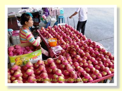 Bangkok street market selling fresh fruit