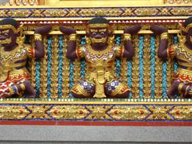 Wat Bang Phli Yai Nai mouldings